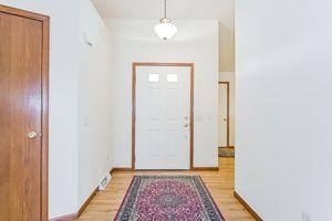 Foyer2333 Mica Rd Photo 3