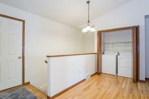 Living Room2333 Mica Rd Photo 6