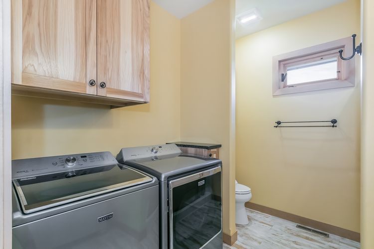 Laundry Room Photo #23