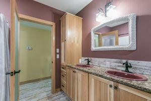 Bathroom22 Oak Park Way Photo 39