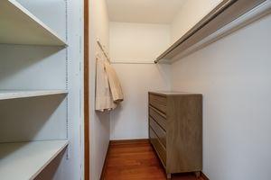 Bedroom5229 Dorsett Dr Photo 23