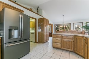 Kitchen921 Eddington Dr Photo 34