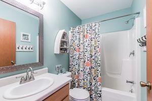 Bathroom6702 Annestown Dr Photo 17