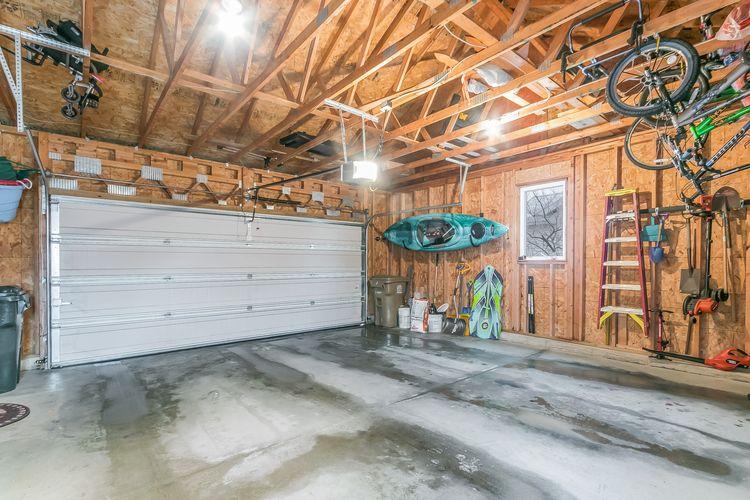 Garage Photo #27
