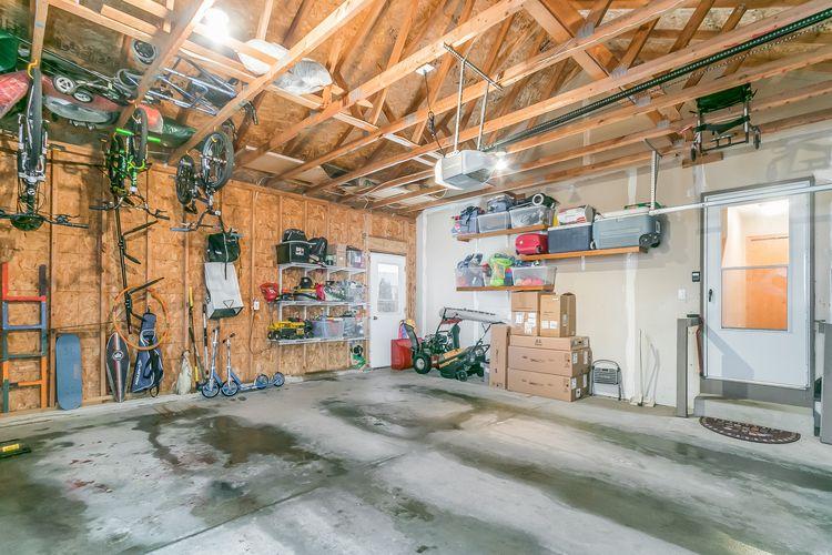 Garage Photo #28