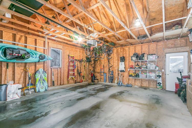 Garage Photo #41
