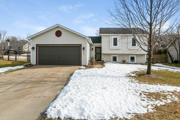 1105 Artisan Dr Photo