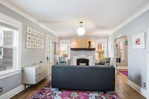 Living Room1885 E Washington Ave Photo 3