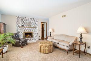 Living Room1 Yorktown Cir Photo 6