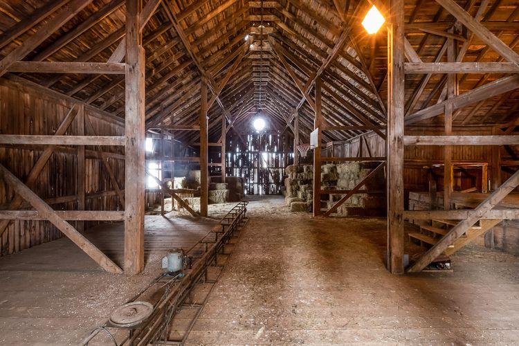 Barn Photo #26