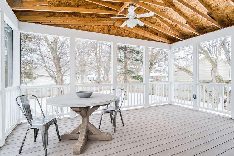 Screen Porch Photo #13