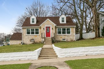134 S PAGE ST Stoughton, WI 53589 - Image