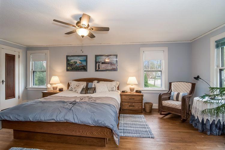 Master Bedroom Photo #16