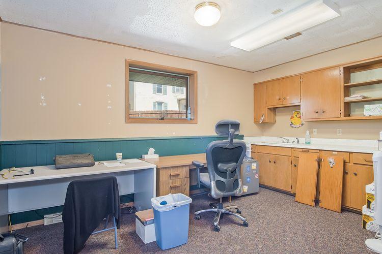 Office Photo #6