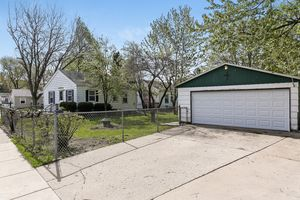 211878 Greenview Dr Photo 21