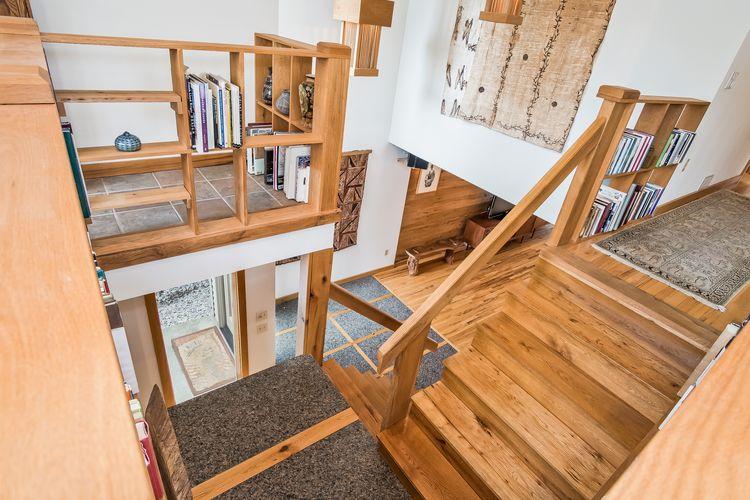 Stairwell Photo #40