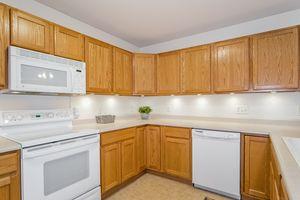 006-photo-kitchen-7020269.jpg5503 CALICO DR Photo 6