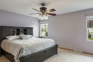 Master Bedroom525 Lexington Dr Photo 14