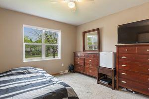 Bedroom525 Lexington Dr Photo 17