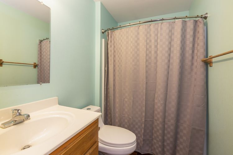 Main Bath Photo #22