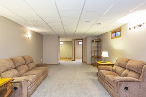 Family Room525 Lexington Dr Photo 23