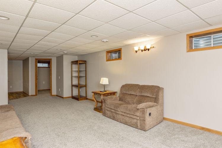 Lounge Photo #25