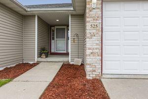 Front Entrance525 Lexington Dr Photo 2