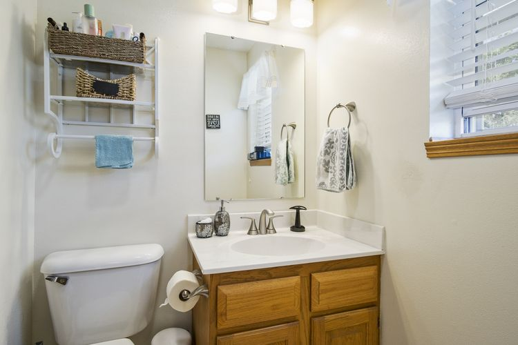 Master Bathroom Photo #14