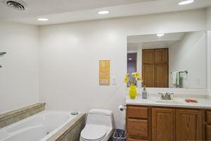 Bathroom1401 BULTMAN RD Photo 20