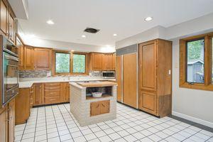 Kitchen5802 WINNEQUAH RD Photo 13