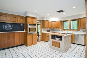 Kitchen5802 WINNEQUAH RD Photo 14