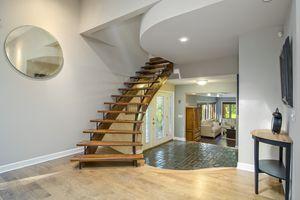 Stairwell5802 WINNEQUAH RD Photo 24