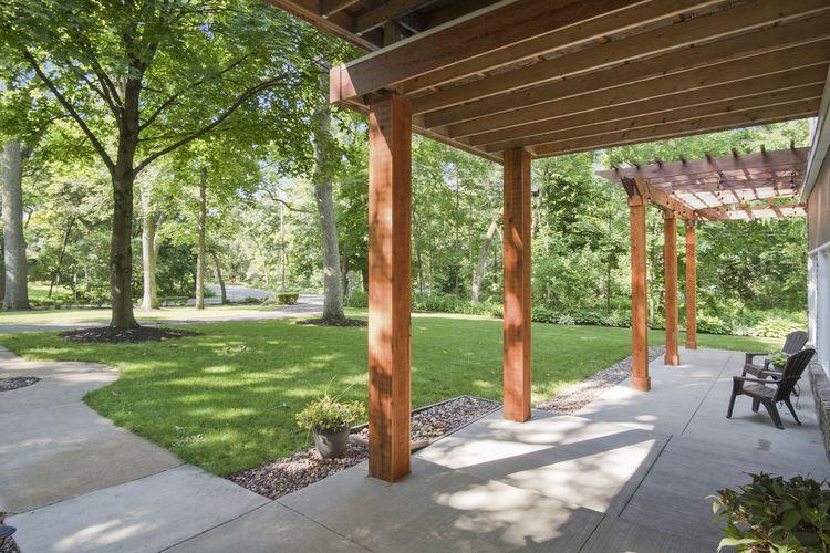Porch Photo #39