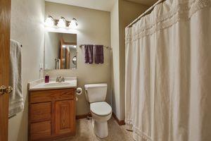 Bathroom1624 Erin Hill Photo 21