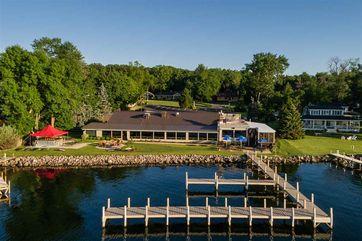 380 S Lawson Dr Green Lake, WI 54941 - Image 1