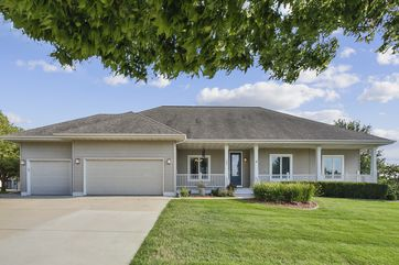 105 E Gonstead Rd Mount Horeb, WI 53572 - Image 1
