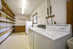 Laundry Room1313 Oneill Ave Photo 14