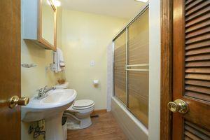 Bathroom1313 Oneill Ave Photo 15