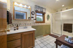 Bathroom1313 Oneill Ave Photo 20