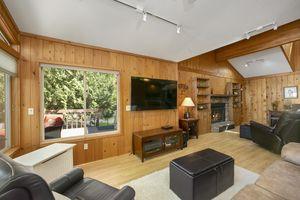Living RoomW10702 Becker Rd Photo 4