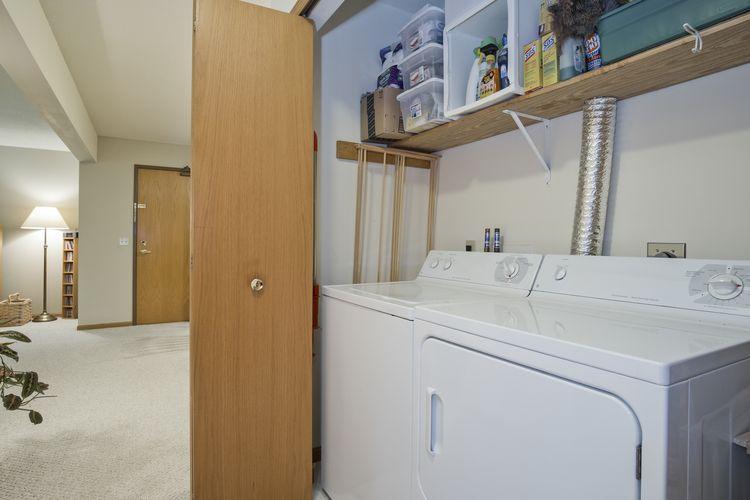 Convenient Laundry Photo #21