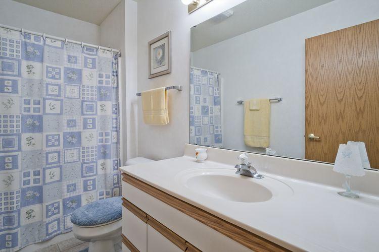 Hall Bathroom Photo #22