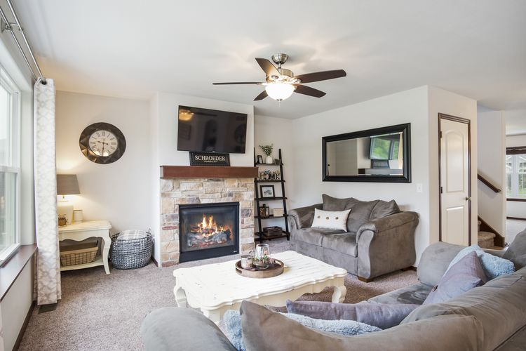 Living Room Photo #15