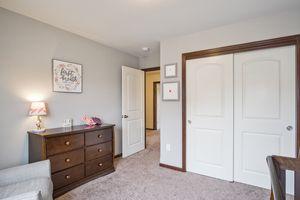 Bedroom 3610 Meadowview Ln Photo 24