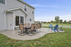 Backyard610 Meadowview Ln Photo 32