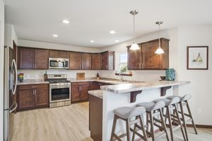 Kitchen610 Meadowview Ln Photo 8