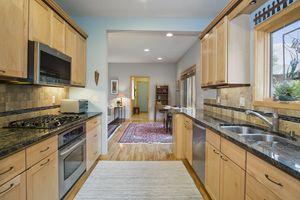 Kitchen6748 Phil Lewis Way Photo 18