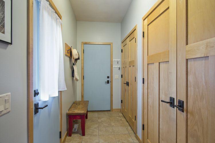 Hallway Photo #19