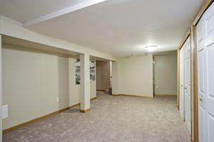 Family Room4506 Camden Rd Photo 18