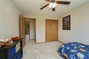 Bedroom2241 Meadow Green Photo 22